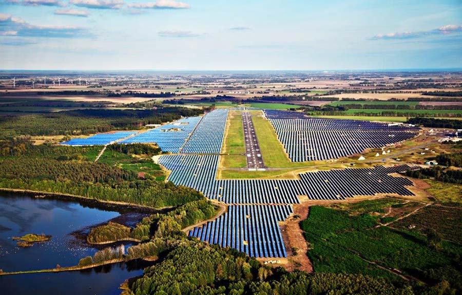 Solarpark Neuhardenberg